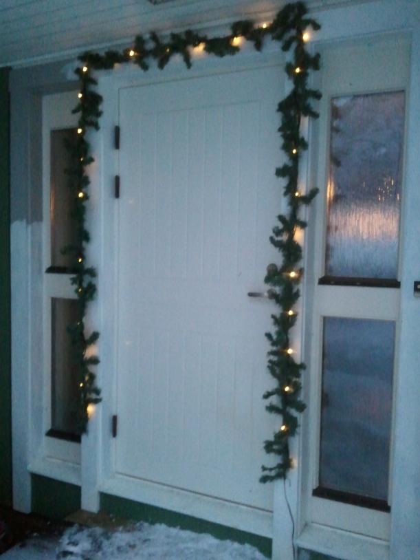 Julfint rund dörrarna